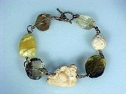 Bracelet: Shades of gold