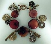 Bracelet:Carnelian, Bronzes, Artifacts
